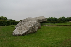 Grand menhir de Men-er-Grah - English: Largest Neolithic Menhir (standing stone) in Euope (18.5m high).