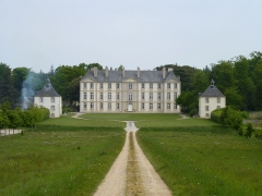 Château - Français:   Château y compris ses dépendances, pavillons d\'entrée, parc et étangs