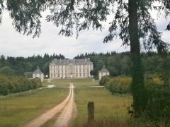 Château - Français:   Château de Loyat