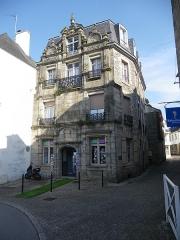 Maison du 17e siècle -  maison ancienne a ploermel