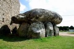 Dolmen de Crucuno -  dolmen no lugarejo de Crucuno, França