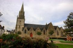 Eglise Notre-Dame-de-la-Joie -  Und ausser dem Schloss brauchts natürlich auch eine Kirche.  Taken in Pontivy, Brittany