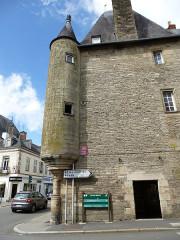 Maison du 16e siècle dite rendez-vous de chasse des Rohan -  pontivy