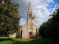 Chapelle Saint-Nicolas - Français:   chapelle Saint-Nicolas, vue générale, commune de Priziac, département du Morbihan, France