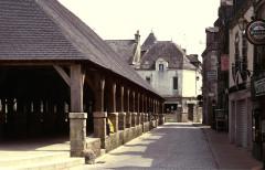 Vieilles halles -  Morbihan Rochefort-En-Terre Halles