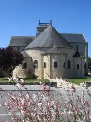 Eglise Saint-Gildas - English: The abbey church at Saint-Gildas-de-Rhuys