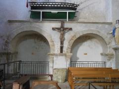 Eglise Saint-Gildas - Enfeu de saint Rioc (à gauche sur la photo) et de saint Félix de Rhuys (à droite) dans l'abbaye Saint-Gildas de Rhuys (Morbihan, France)