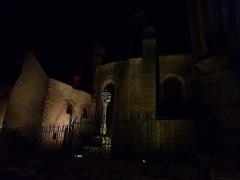 Cimetière - Français:   Vannes - Calvaire de la Cathédrale Saint-Pierre de Vannes de nuit