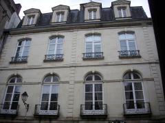 Hôtel Saint-Georges - Français:   Vannes (Morbihan, France): l\'hôtel Saint-Georges, vu depuis la rue des Orfèvres