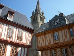 Maison - Français:   Cathédrale de Vannes