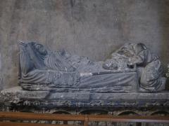 Eglise Notre-Dame - sculpture en calcaire de Chaptuzat, dans l'Église Notre-Dame d'Aigueperse