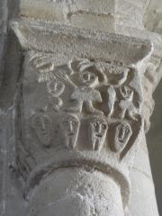 Eglise Saint-Pierre - English: Chapiteaux de l'église Saint-Pierre de Biollet (Puy-de-Dôme) 02