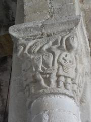 Eglise Saint-Pierre - English: Chapiteaux de l'église Saint-Pierre de Biollet (Puy-de-Dôme) 04