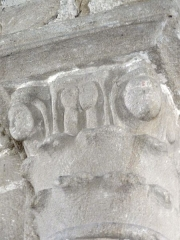 Eglise Saint-Pierre - English: Chapiteaux de l'église Saint-Pierre de Biollet (Puy-de-Dôme) 06