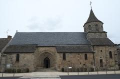 Eglise Saint-Fargheon - Deutsch: Katholische Kirche Saint-Fargheon in Bourg-Lastic im Département Puy-de-Dôme (Auvergne-Rhône-Alpes/Frankreich)
