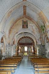 Eglise Saint-Etienne - Deutsch: Dorfkirche Chambon-sur-Lac, Schiff z. Chor