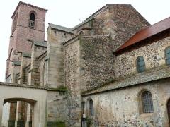 Ancien sanctuaire de Saint-Genes - Français:   Manglieu - Abbatiale Saint-Sébastien - Raccord de la nef et du choeur