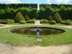 Château de Cordès - English: French garden of the Chateau de Cordes