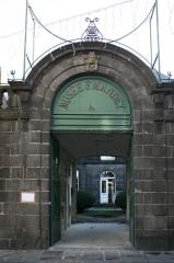 Hôtel du Fraisse du Cheix (musée Mandet) -  Musée Francisque Mandet à Riom.