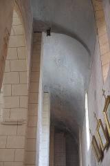 Eglise Sainte-Agathe - Deutsch:   Katholische Pfarrkirche Sainte-Croix, auch Sainte-Agathe, in Ris im Département Puy-de-Dôme (Auvergne-Rhône-Alpes), Innenraum
