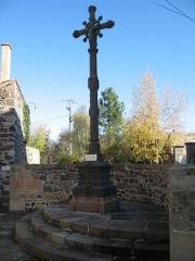 Croix - Français:   Croix de la placette,fin du XVème.Monument classé historique.
