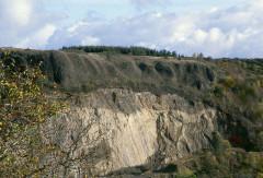Chapelle de Brionnet - Deutsch: Vulkanische Ablagerungen bei Brionnet