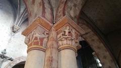 Eglise Saint-Limin (ou Saint-Martin) -  Chapiteau  historié  de l'église Saint-Martin de Thuret dans le Puy-de-Dôme.