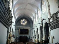 Eglise Saint-Pierre - Vic-le-Comte - Sainte-Chapelle - Nef vue du choeur
