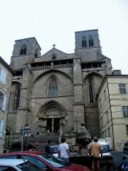 Eglise abbatiale Saint-Robert -  Auvergne La Chaise-Dieu Saint-Robert Escalier