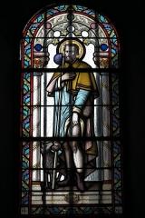 Eglise Saint-Pierre - Deutsch: Katholische Kirche Saint-Pierre in Cistrières im Département Haute-Loire (Auvergne-Rhône-Alpes/Frankreich), Bleiglasfenster; Darstellung: Heiliger Rochus von Montpellier