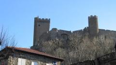 Ruines du château fort - Français:   Le château de Polignac en février 2012