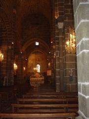 Eglise Saint-Martin -  Intérieur de l'Église de Polignac, Haute-Loire (France)