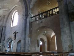 Eglise Saint-Jean-Baptiste - Français:   Retournac - Église Saint-Jean-Baptiste - Tribune de la nef