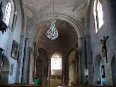 Eglise Saint-Jean-Baptiste - Français:   Retournac - Église Saint-Jean-Baptiste - Nef