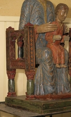 Chapelle Sainte-Marie-des-Chazes - English: Statue of Notre-Dame-des-Chazes (Virgin and Child), XIIth century. Carved wood.
