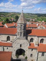 Eglise Saint-Médard, ancienne église collégiale -  Saugues - The church viewed from the Tour des Anglais