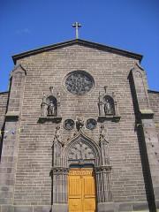 Eglise Saint-Médard, ancienne église collégiale -  Saugues