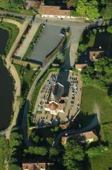 Eglise Saint-Genest - Deutsch:   Kirche und Friedhof von Aubigny, Département Allier