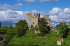 Ancien château - English: Bourbon L'Archambault Fortress
