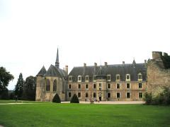 Château de La Palice (également sur commune de Saint-Prix) - Deutsch:   Château Lapalisse (Puy-de-Dôme), Rückfront