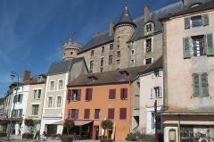 Château de La Palice (également sur commune de Saint-Prix) - Deutsch:   Château de La Palice in Lapalisse im Département Allier (Auvergne-Rhône-Alpes/Frankreich)