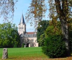 Château de La Palice (également sur commune de Saint-Prix) - English:   Church in Lapalisse (France).