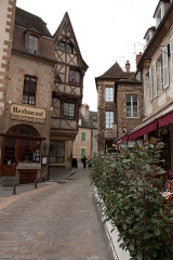 Maison - English: Moulins (Allier, France): Ancien Palais street