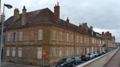 Maison -  Immeubles du 6, 8  et 10 rue  Félix-Mathé à Moulins, inscrits aux Monuments historiques.