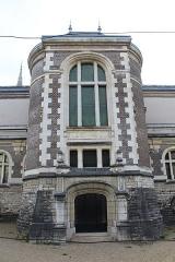 Pavillon d'Anne de Beaujeu, actuellement musée Anne de Beaujeu - Français:   Pavillon d\'Anne de Beaujeu, Moulins, Allier.