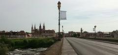 Pont de Regemortes -  En quittant Moulins