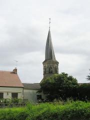 Eglise Saint-Bonnet - Deutsch: gedrehter Kirchturm_von_Saint-Bonnet-de-Four