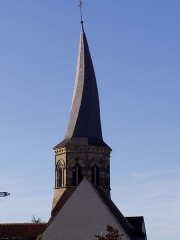 Eglise Saint-Bonnet -  le clocher tors de l'église de Saint-Bonnet-de-Four dans l'Allier (France)