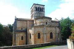 Eglise Sainte-Croix - Deutsch: Ste-Croix de Veauce, Chothaupt von SW
