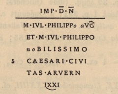 Borne milliaire dans l'établissement thermal - English: Image from the book  Miliaria Galliarum et Germaniarum, ediderunt Th. Mommsen, O. Hirschfeld, A. Domaszewski (Corpus Inscriptionum Latinarum, 13, 2, 2) .